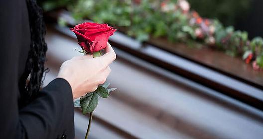 Obiceiuri si superstitii religioase de inmormantare